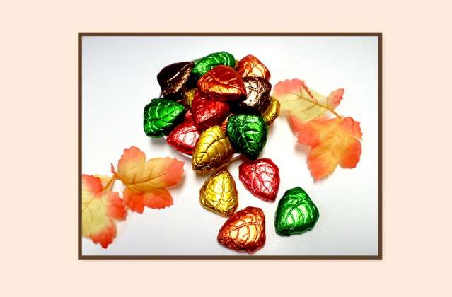 Milk Chocolate Foil Wrapped Fall Leaves: click to enlarge