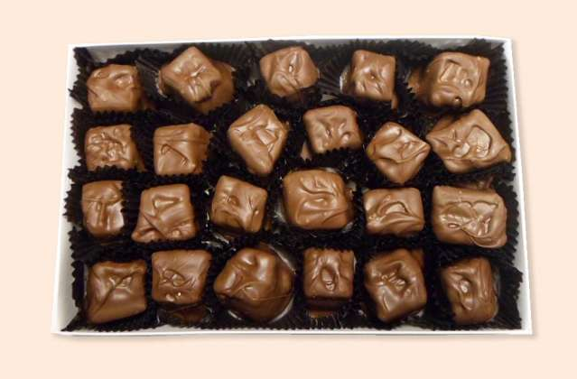 Homemade Marshmallows Dipped in Milk or Dark Chocolate: click to enlarge